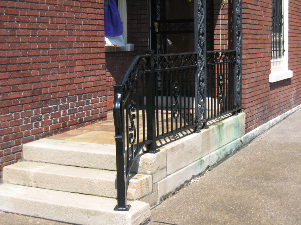 how to clean aluminum railings